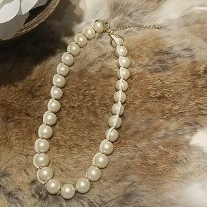 2/$12 Lia Sophia | pearl necklace